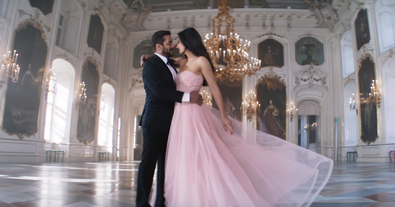 The Most Romantic Songs For Your Ring Ceremony (Hindi & English)
