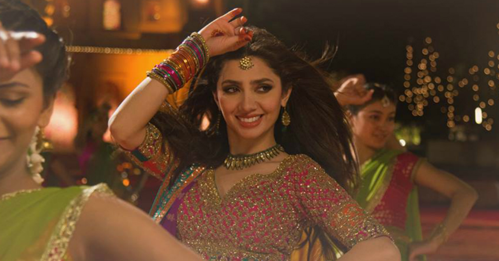 Mahira Khan Dancing At Her Friend's Wedding Is Every 'Banno Ki Saheli' Ever!