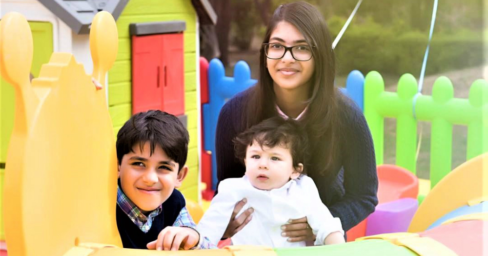They Grow Up So Fast: Taimur Ali Khan Just Learnt The Best Way To Respond To Paparazzi!