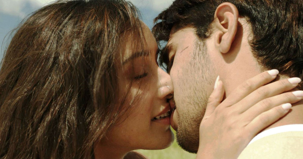 8 Of The Hottest Moves That Will Turn Both Of You On... While Kissing!