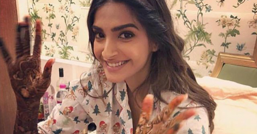 These Videos From Sonam's Mehendi Are #ShaadiWalaGhar Goals!