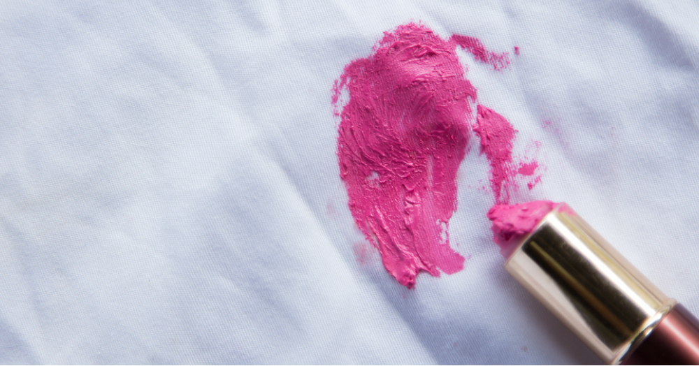 Beauty Hacks 101: The *Ultimate* Guide To Removing ANY Makeup Stain