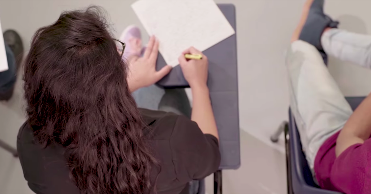 Take A Nostalgic Trip To Your College Days In 100 Seconds
