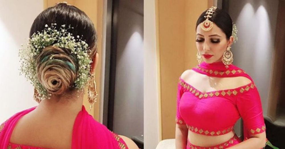 A Guest At Ranveer & Deepika's Wedding Had The Perfect Floral Bun That We'd Love To Steal!