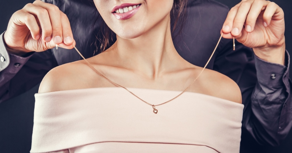Celebrate Valentine's Day In Style With These Trendy Fine Jewellery Pieces!