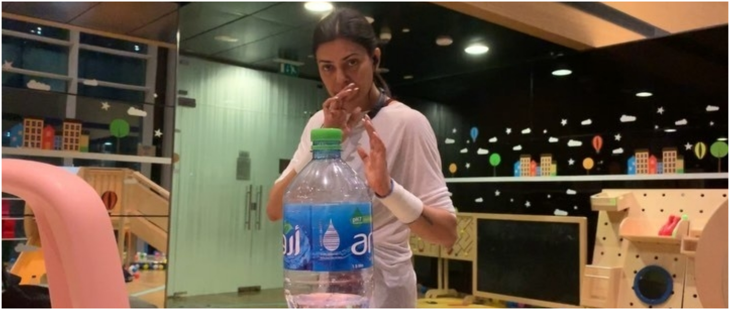 #FamilyBottleCapChallenge: Sushmita Sen And Her Daughters Nail The Viral Challenge!