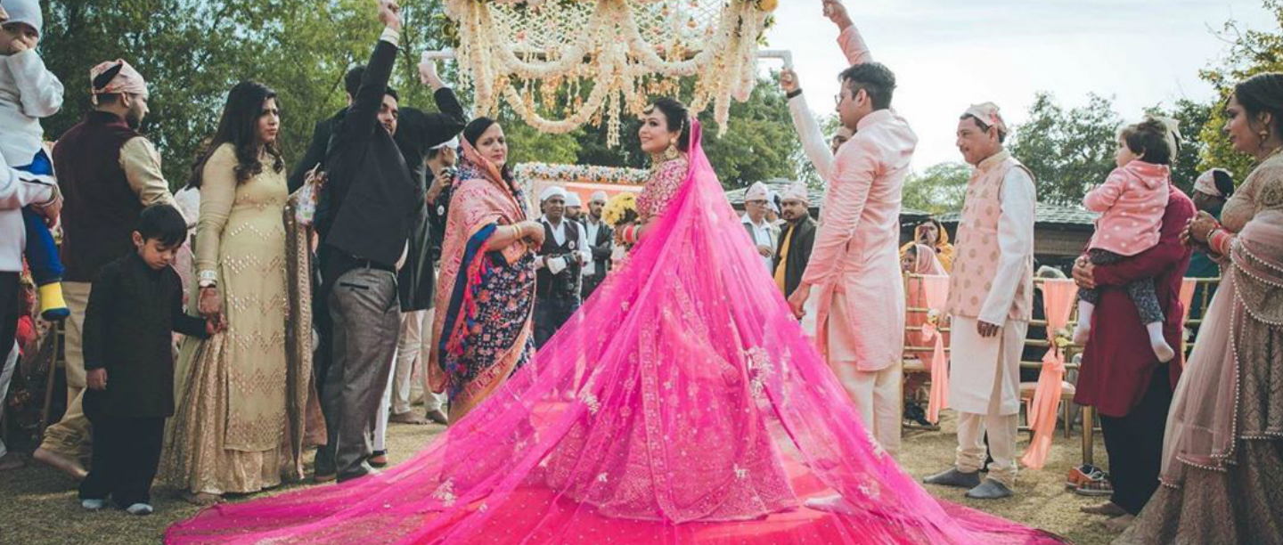 The Modern Bride Style: This Dulhaan's Lehenga Has The Most Gorgeous Pink Train!