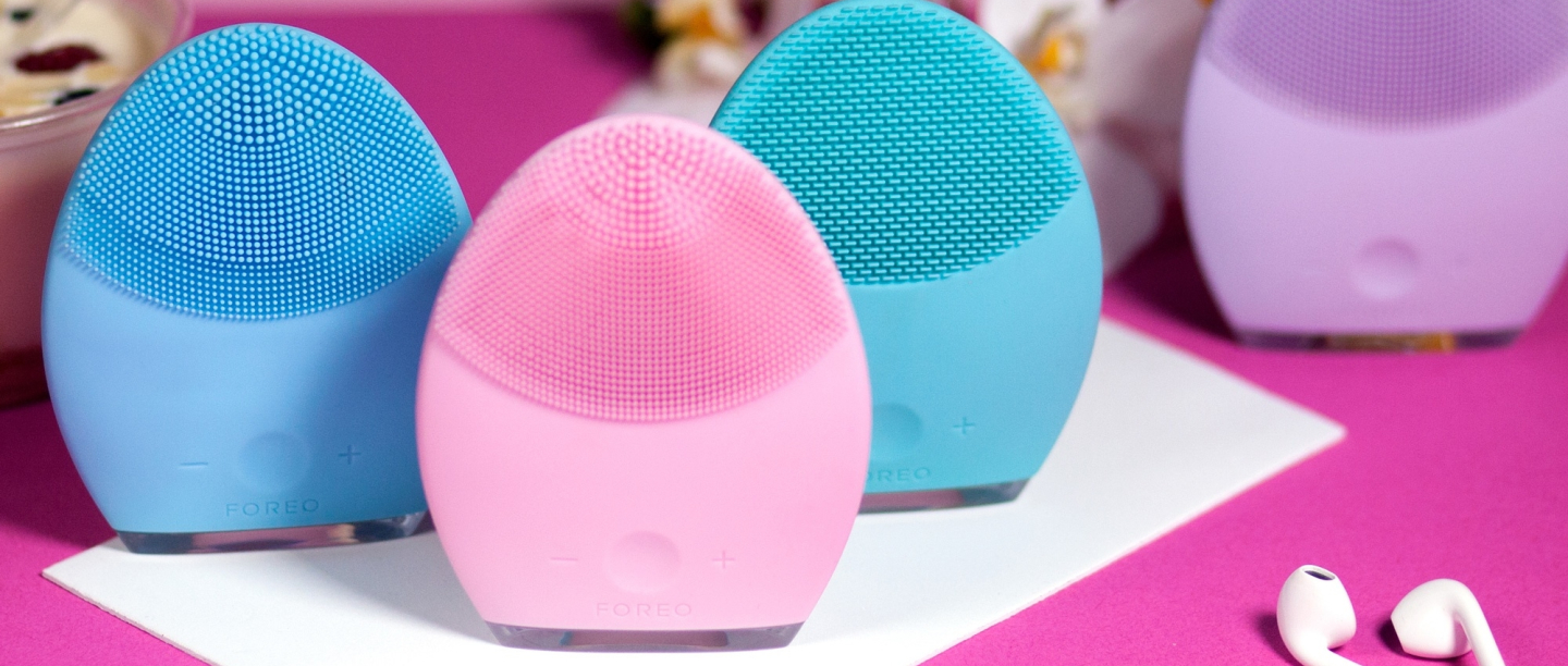 *This* Facial Cleansing Brush Has Completely Changed The Way My Skin Feels!