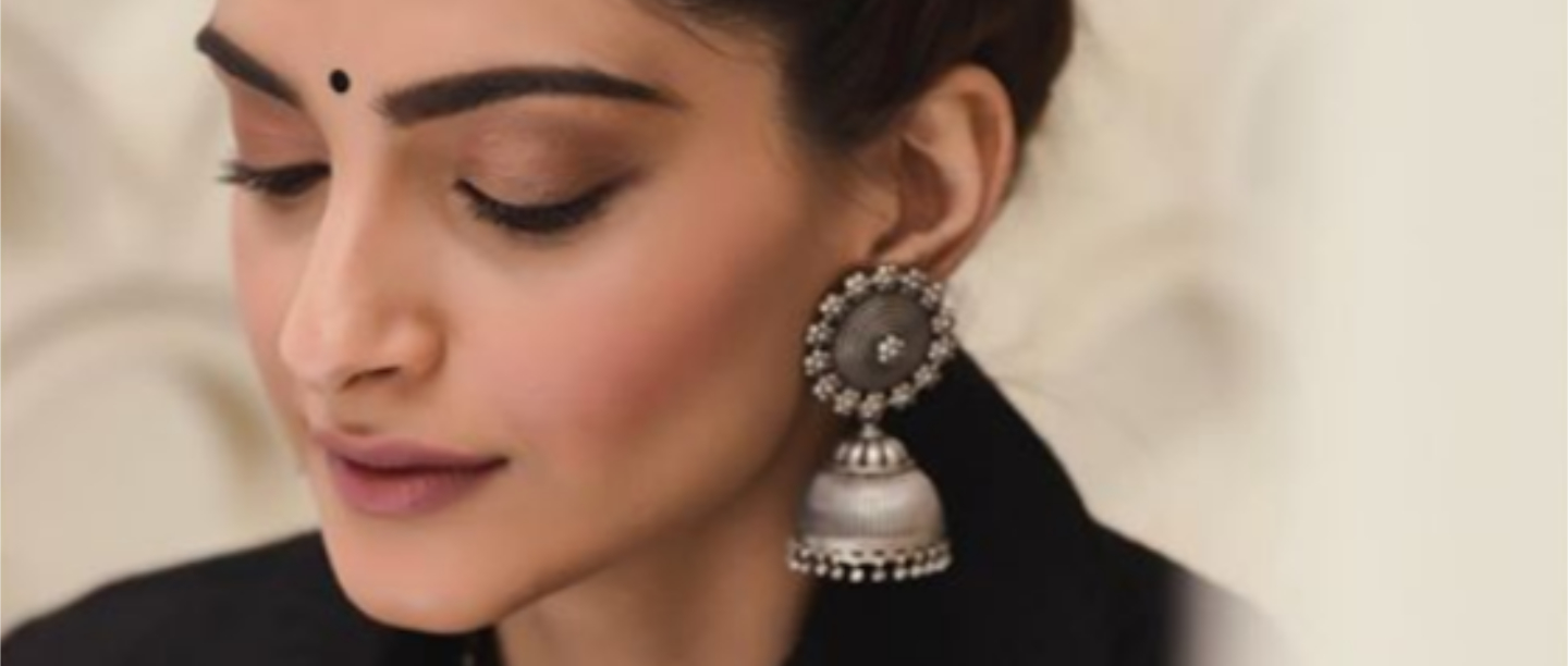 30 Gorgeous Jhumka Designs That'll *Instantly* Elevate Your Look This Festive Season