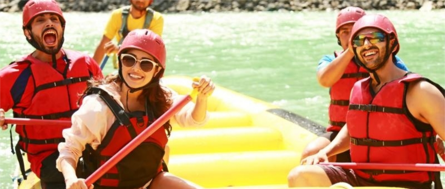 Of Adventure Sports & Magical Views: Here's Why You Must Visit Rishikesh With Your Friends