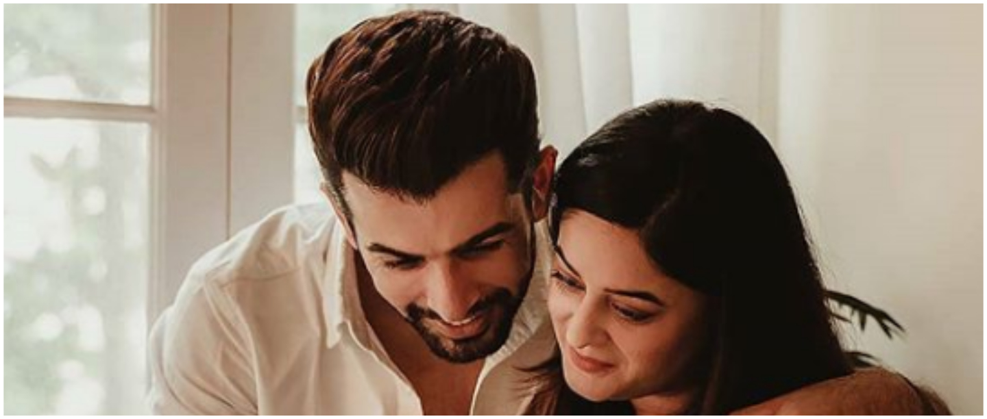 Nazar Na Lage: Mahhi Vij-Jay Bhanushali's Photoshoot With Baby Tara Is Melting Our Hearts