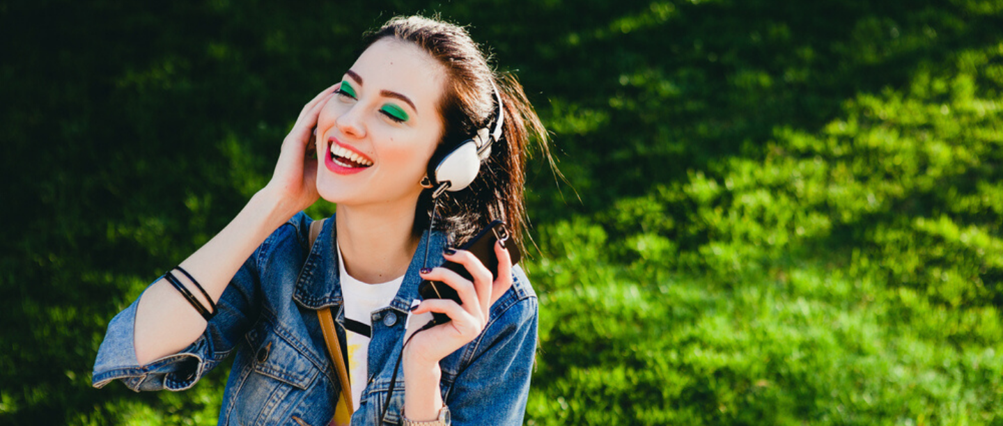 Eat, Sleep, Breathe Beauty? 5 Best Podcasts You Need To Listen To RN!