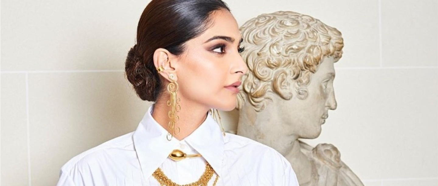 Spring Is All About Oversized Collars & Here's Every Style You Need To Stock On RN