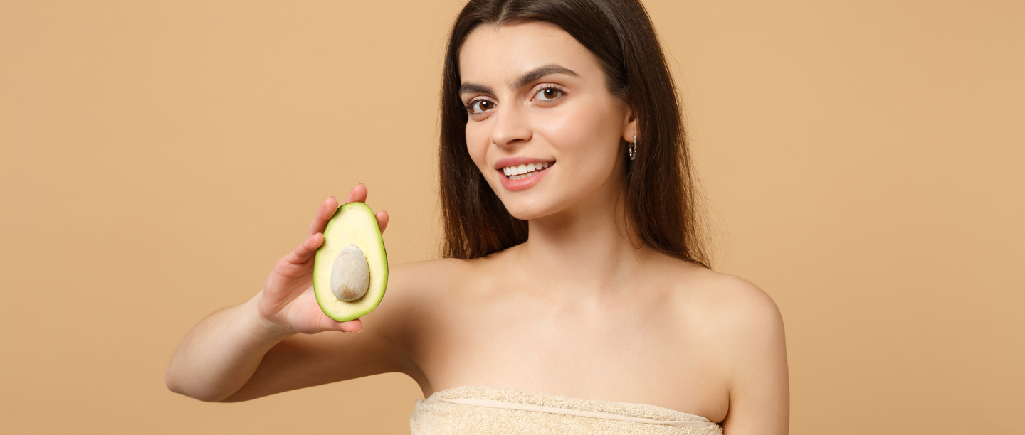 Love To DIY? Here Are 7 Amazing Hair Mask Recipes Using Avocado!