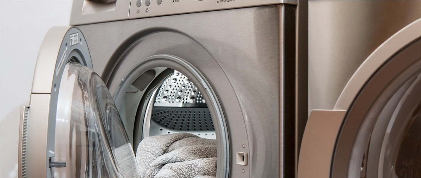 #CoronavirusPandemic: How To Clean Your Clothes If You Cannot Avoid Going Out?