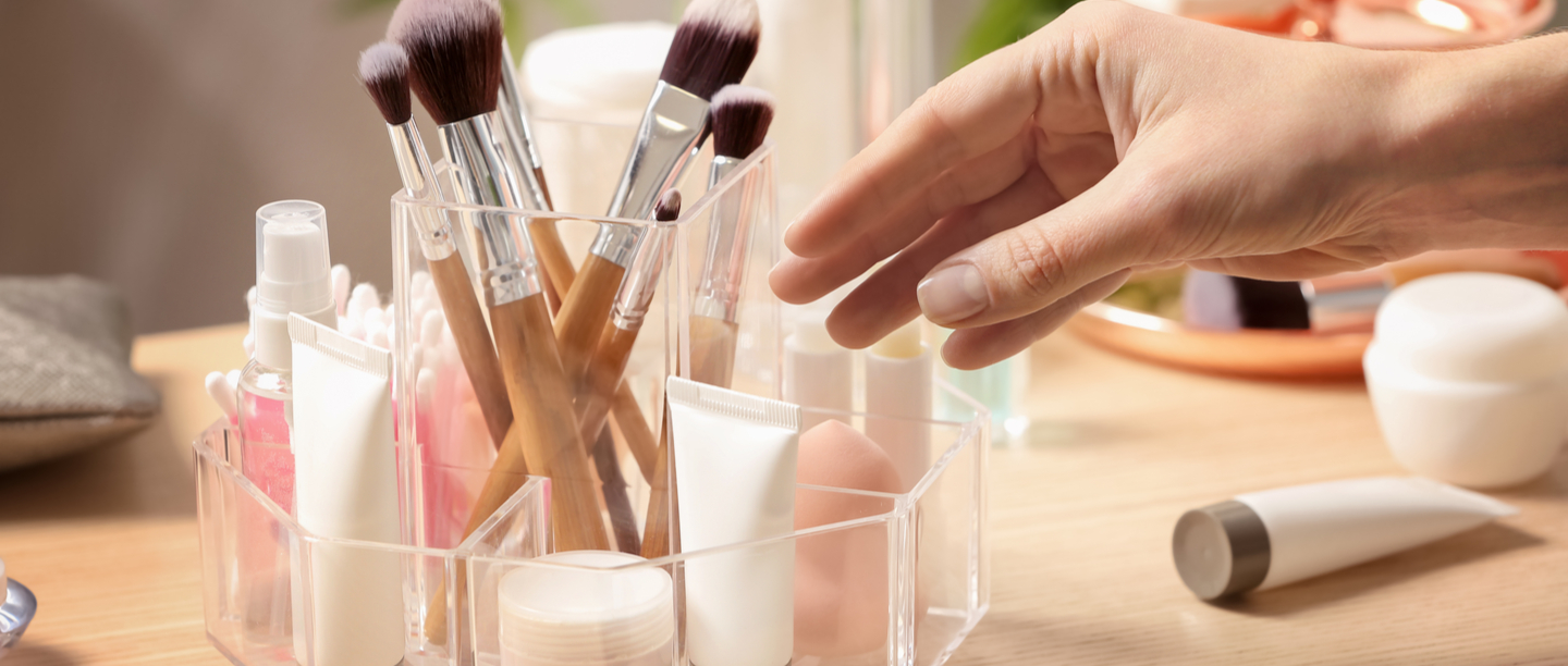 7 Ways To Declutter & Organise Your Beauty Cabinet During The 21-Day Lockdown