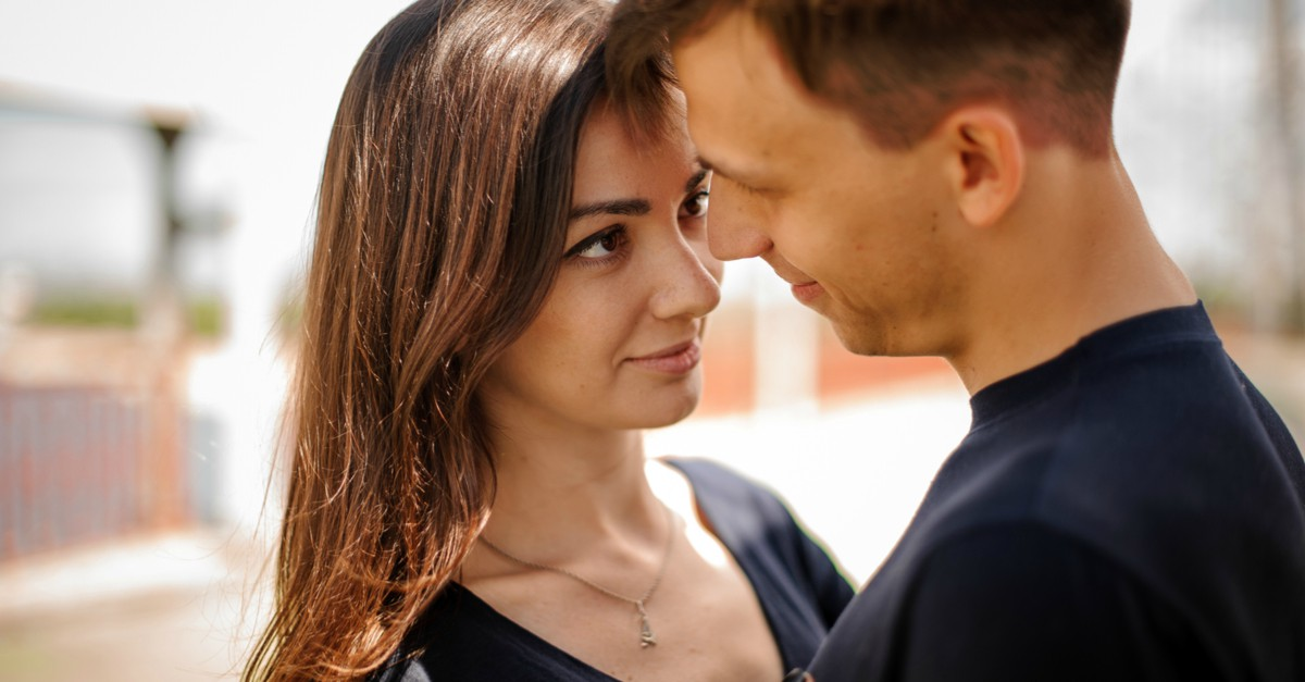 Sunday Shorts: 3 Tales Of Couples Falling In Love… Again!
