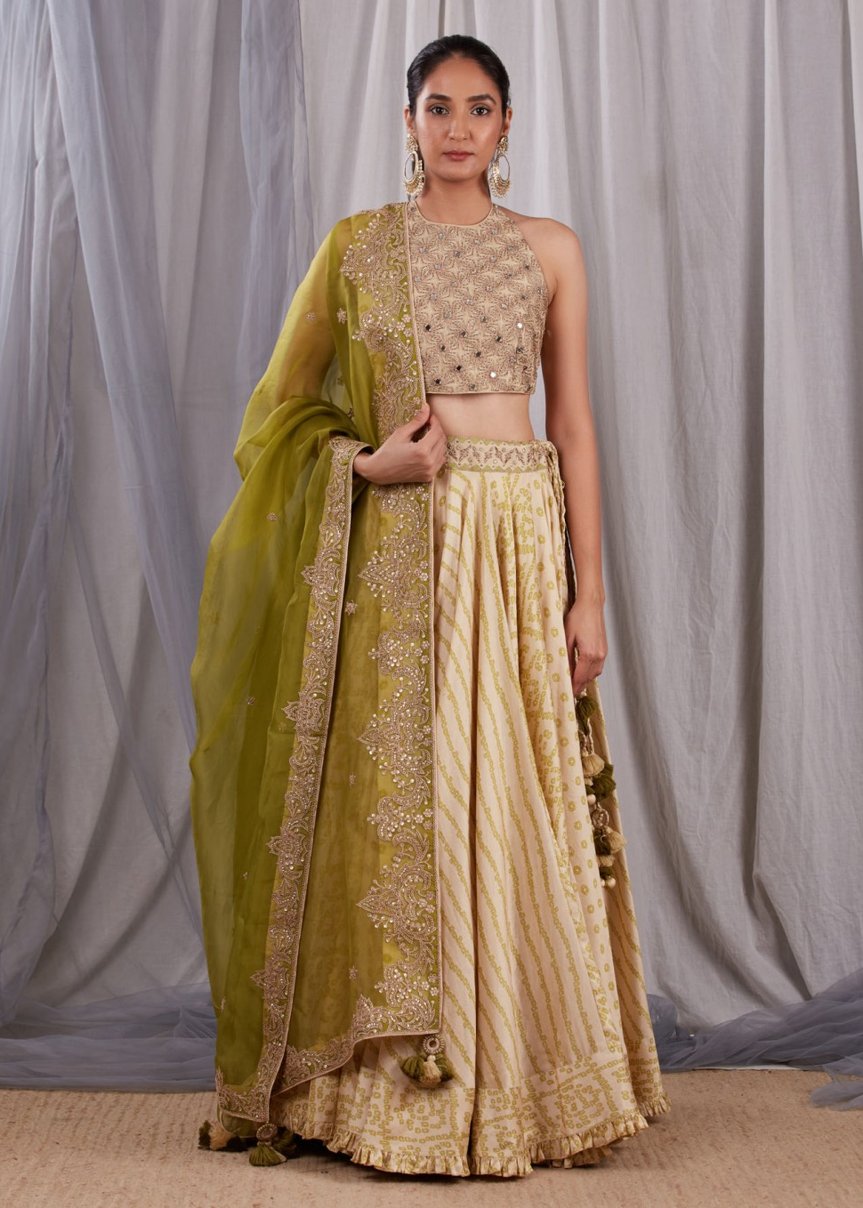 Sleeveless Blouse With A Skirt And A Heavy Dupatta