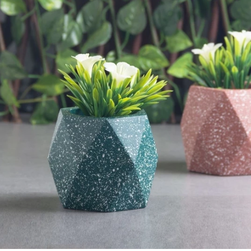 Prism Medium Speckled Planter