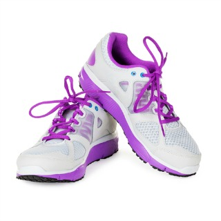 gym shoes - point 1