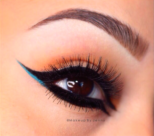 double winged eyeliner 1