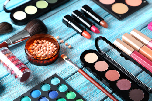 questions to ask your makeup artist before the trial