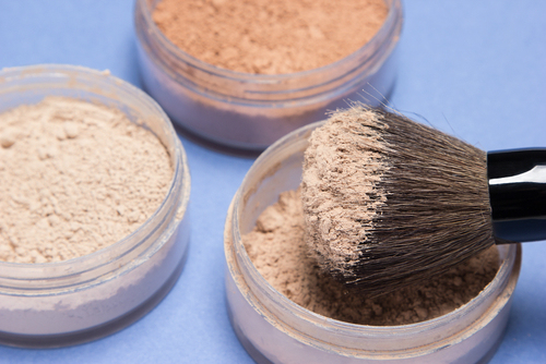 makeup for acne prone skin 2
