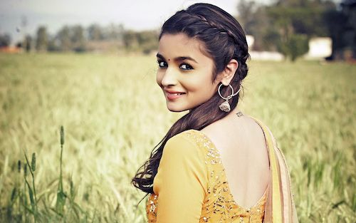hairstyles that go with Indian wear