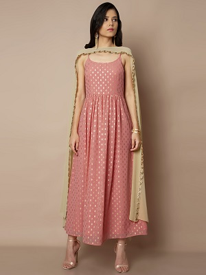 Drapped-indian-outfits-that-make-you-look-tall
