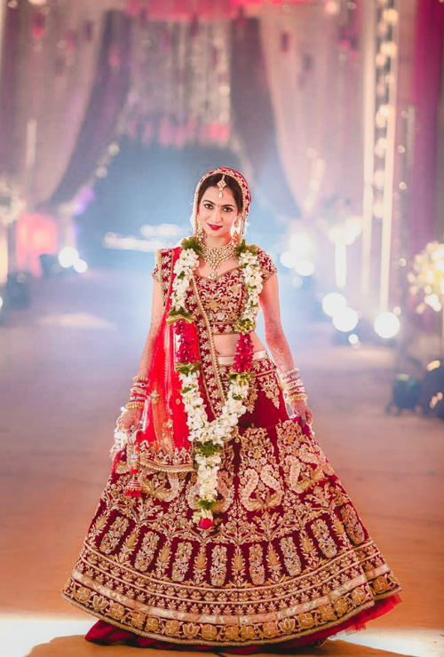 red bridal lehenga 1