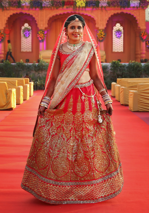 red bridal lehenga 6