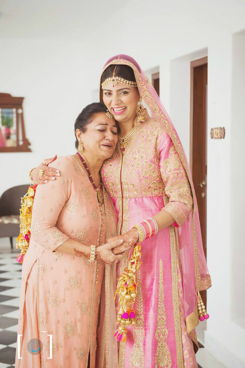 mother and bride shots 4