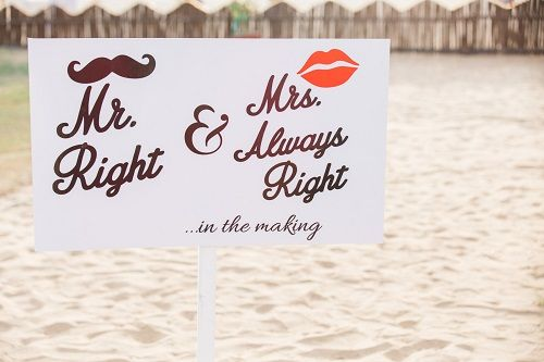 1 Signboards at weddings