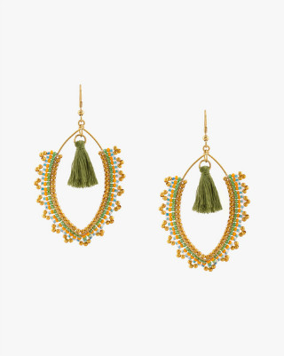 10 Affordable And Beautiful Earrings