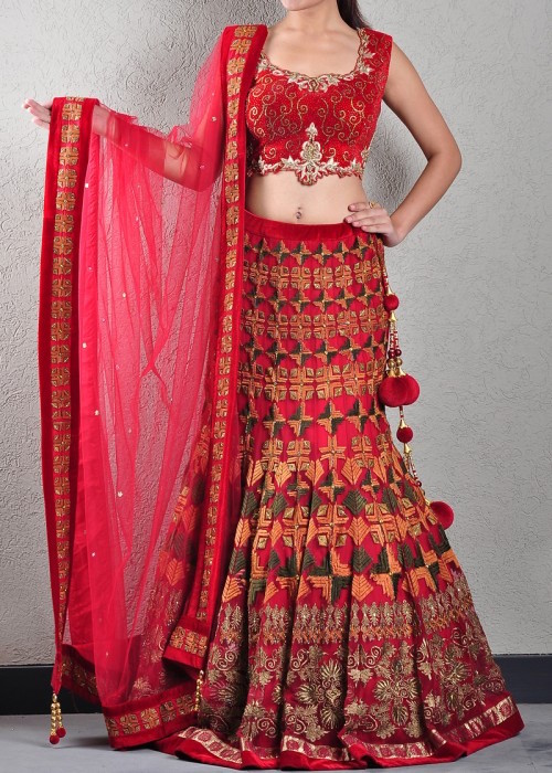 5 traditional embroideries of India