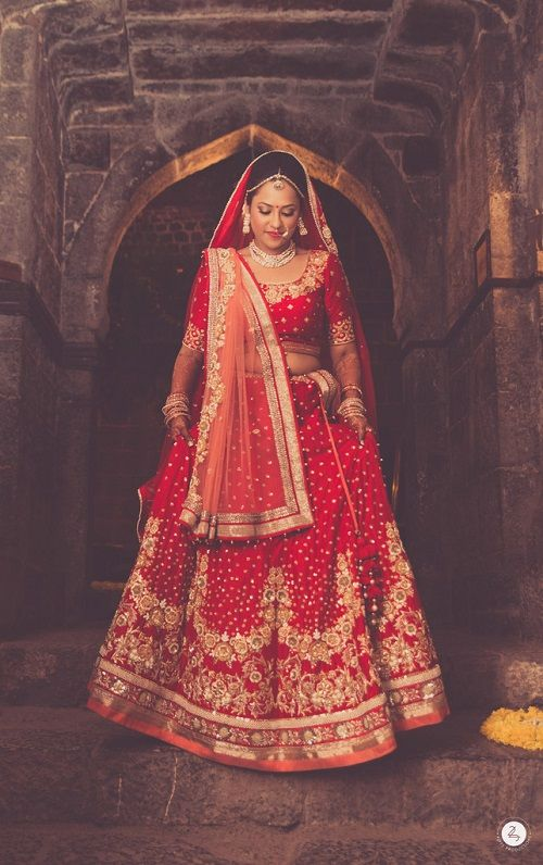 7 brides who wore red lehengas