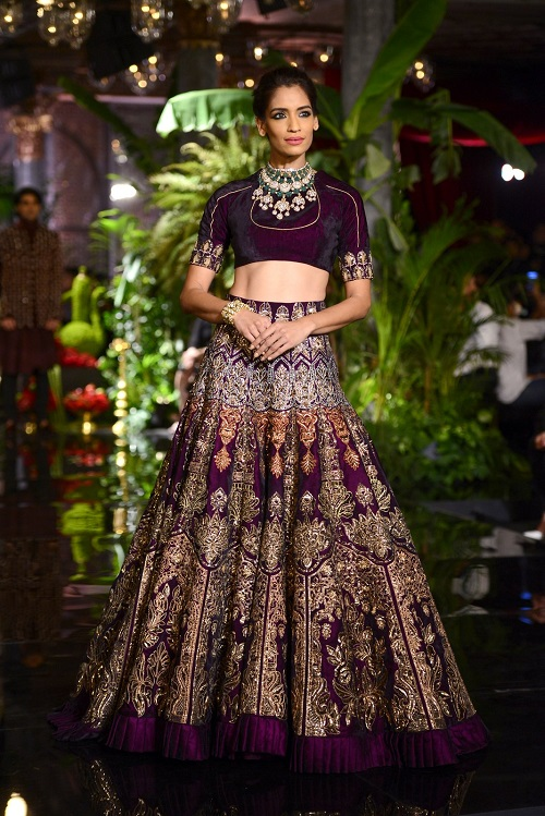 8 Lehengas From Couture Week