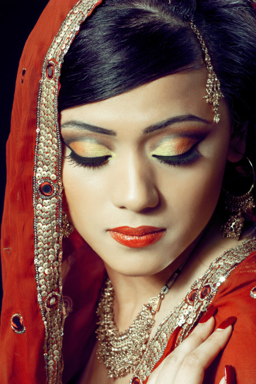 9 makeup tricks for monsoon weddings