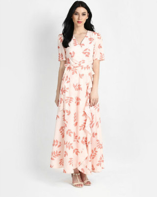 2 dresses that look good on anyone