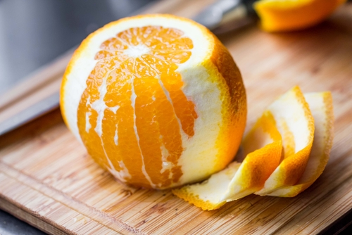3 back acne home remedies - orange peels