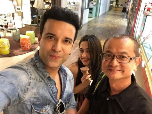 4 pictures of Aamir and Sanjeeda