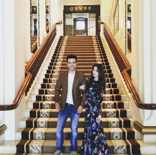 5 pictures of Aamir and Sanjeeda