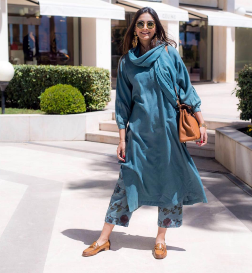 2 best outfits of sonam kapoor