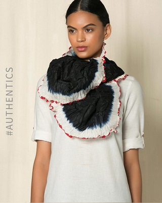 3 best stoles for women to keep you warm and stylish