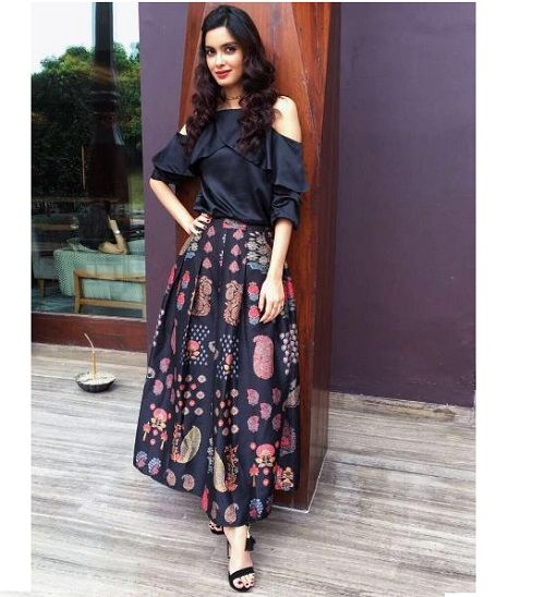 7 indo western outfits