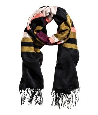 8 best stoles for women to keep you warm and stylish
