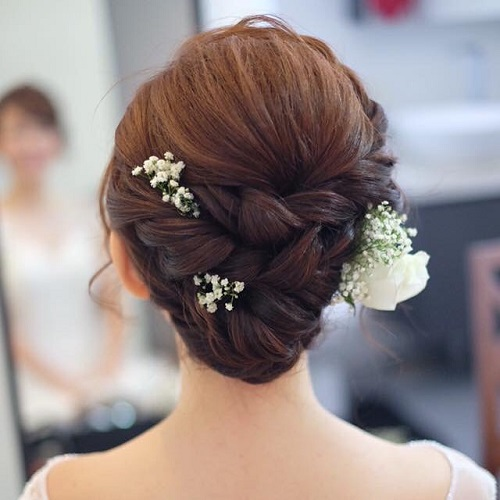 4 Bridal hairstyles for curly hair