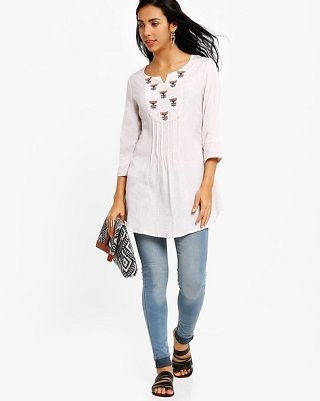 8 affordable white kurtis