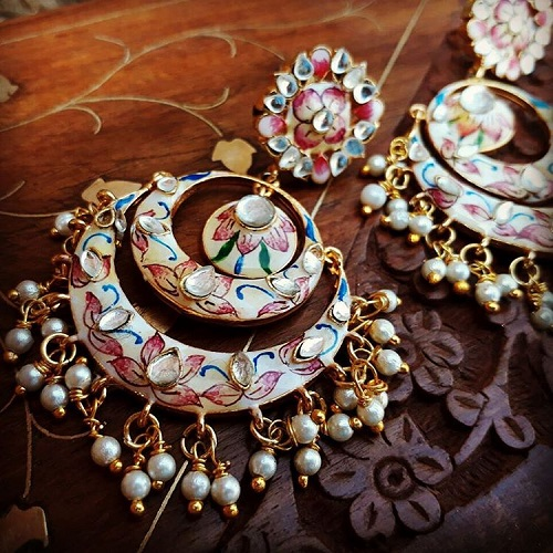 2 types of bridal jewellery