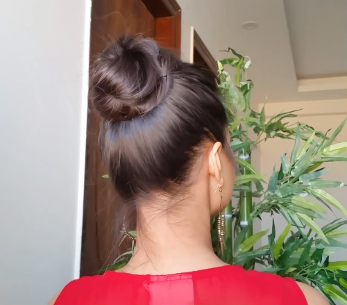4 messy hairstyles for unwashed hair